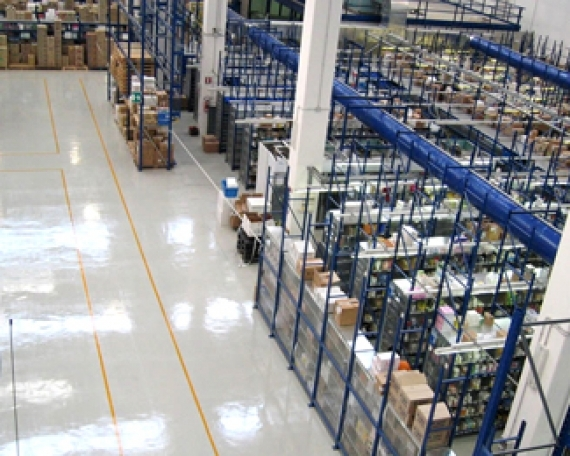 Floor Coating Protection Warehouse Logistics Center in South Italy